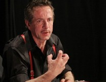 CliveBarker, By Steven Friederich (CliveIMG_0690) [CC BY 2.0 (http://creativecommons.org/licenses/by/2.0)], via Wikimedia Commons